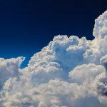 バイナリーオプションの雲とは?厚みで未来を予測する!