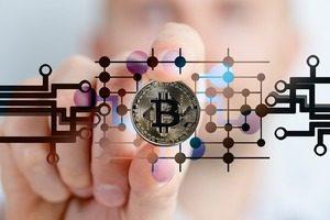 藤巻健史 議員の2つの 仮想通貨 に関する質問