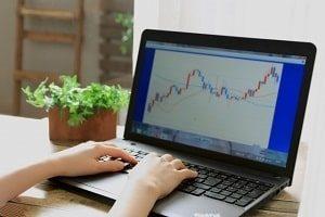 XRP高騰は市場の動向から予想